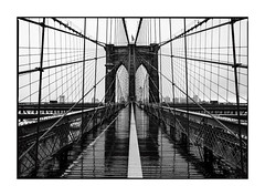Brooklyn Bridge (Nico Geerlings) Tags: ngimages nicogeerlings nicogeerlingsphotography manhattan brooklyn brooklynbridge rain raining rainy blackandwhite nyc ny usa newyorkcity