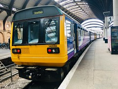 Northern Class 142 (142092) - York (saulokanerailwayphotography) Tags: northern pacer class142 142092