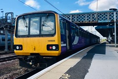 Northern Class 144 (144022) - Doncaster (saulokanerailwayphotography) Tags: northern class144 pacer 144022