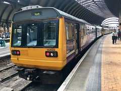 Northern Class 142 (142022) - Doncaster (saulokanerailwayphotography) Tags: northern pacer class142 142022