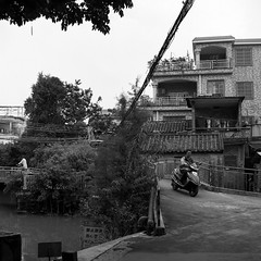 Untitled (richardhwc) Tags: rolleicord vb blackandwhite kodak tmax100 shunde guangdong china schneiderkreuznach xenar 75mmf35 mediumformat 120 6x6 film