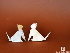 Sitting Cats V.2 - Barth Dunkan. (Magic Fingaz) Tags: barthdunkan cat chat gato kitten origami origamicat gatto kedi kočka kot kucing mačka paperfolding γάτα кіт мачка ネコ 猫 ecorigami mfpp magicfingaz