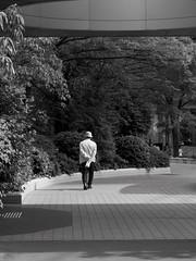 city walker (peaceblaster9) Tags: walking walker city osaka 歩く 歩く人 町 街中 大阪 blackandwhite bnw bw blackwhite monochrome モノクローム モノクロ 白黒 shadow 影 光 light street ストリート スナップ写真