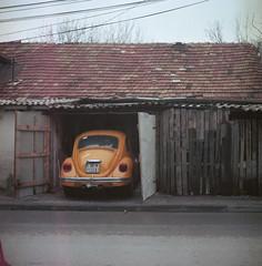 Skopje (Vinzent M) Tags: brillant heliar 75 zniv voigtländer skopje macedonia fyrom скопје македонија kodak portra vw volkswagen käfer beetle