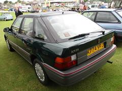 1992 Rover 216 GSi (occama) Tags: k774vpj 1992 rover 216 gsi old car cornwall uk british green bangernomics hubnut