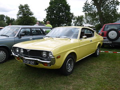 Mazda 929 S Coupé 1974 (929V6) Tags: 15dp09 sidecode3 onk la luce