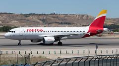 EC-JFN (fakocka84) Tags: madrid lemd iberia barajas ecjfn airbusa320214