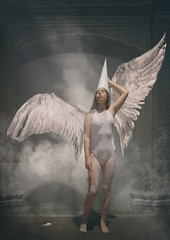 angel (monsugar) Tags: art photo manipulacion personas angel luces sombras texturas photoart