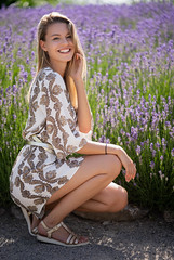 Katharina (ecker) Tags: blumen feld frau ganzkörper kleid lavendel natur park portrait porträt sommer umgebungslicht wien wiese availablelight blühen blühend dress female flourish flowers happy lavender lächeln lächelnd naturallight nature portraiture smile smiling summer woman bokeh boden outdoor sony a7 sonya7iii ilce7m3 alpha a7iii ⍺7iii ⍺7 zeiss batis 85mm zeissbatis1885 sonnar batis1885 ƒ18 18 fotoshooting shooting austrianphotographer femalemodel beautiful beauty pretty cute model photography modelphotography