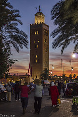 Sundown in the Koutubia, Marrakech (RobertoHerreroT) Tags: marrakech morocco maroc city citylife africa canon canonista canonistas marruecos marruecos2018 sunset sundown atardecer