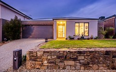35 Viewbright Road, Clyde North VIC