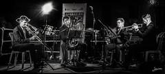 Los Cuatro Musicos (Juan-C) Tags: calle concert concierto horn instrumento metals musical musician musicians musico musicos night noche nuitblanche street trombon trombone trompeta trumpet tuba urban urbano viento wind metales trompa nocheenblanco