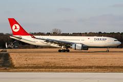 TC-JNA (PlanePixNase) Tags: aircraft airport planespotting haj eddv hannover langenhagen turkish turkishairlines airbus 330 a332 330200