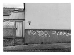 Die Stadt 347 (sw188) Tags: deutschland nrw westfalen ruhrgebiet dortmund marten sw stadtlandschaft street sachlichkeit bw blackandwhite