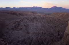valle de la muerte atardecer (Cristian Benaprés M) Tags: montañas chile canon mountais canon6d sanpedrodeatacama southamerica sunset atardecer shade landscape
