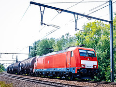 DB/ECR 186 338 met keteltrein @ Bilzen (Avinash Chotkan) Tags: trains bombardier traxx vtg cargo belgium db eurocargorail ecr e186 gatx