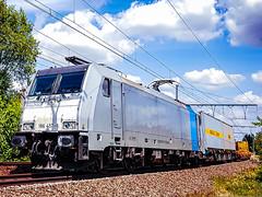 LINΞΛS 186 457-8 met container trein @ Bilzen (Avinash Chotkan) Tags: railpool br186 traxx lineas containers trains belgium bertschi bertschiag