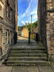 Look The Other Way (Mr_Pudd) Tags: lastofthesummerwine sidscafe steps step stone huddersfield holmfirth stonepaving stoneflags