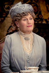 Geraldine James as Queen Mary of Teck in DOWNTON ABBEY (djabonillojr.2008) Tags: downton abbey movie film stills 2019 michael engler julian fellowes 1920s 1927 1920 era period motion picture version actress british english focus features theatrical queen mary costumeclothingandfashion costume clothing teck consort geraldine james