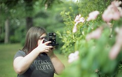 Pola love (Alice_argentique) Tags: cinestill50 canon canona1 filmisnotdead filmisalive filmphotography outdoorphotography ishootfilm femalephotographer