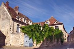 Maison Saint-Joseph (Phil du Valois) Tags: crépyenvalois valois portail maison saintjoseph