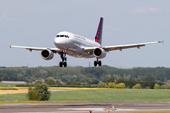 OO-SSH, Airbus A319-112 of Brussels Airlines. (David James Clelford Photography) Tags: oossh airbusa319112 brusselsairlines brusselszaventemairport 25l finals aircraft airplane airliner airport airbus aeroplane jet jetliner aviation civilaviation brusselsnationalairport bru ebbr