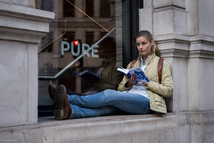 PURE (Silver Machine) Tags: london streetphotography street candid outdoor girl sitting reading reflection window stare fujifilm fujifilmxt3 fujinonxf35mmf2rwr