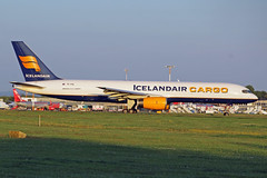 TF-FIG (afellows80) Tags: boeing b757 b752 icelandair icelandaircargo tffig ema egnx