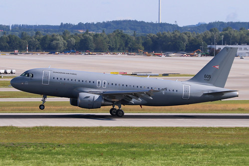 Hungarian Air Force / 605 / A 319-112 - a photo on Flickriver