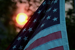 190/365 Sunset on Ol' Glory (OhWowMan) Tags: ohwowman nikon nikkor d3300 acdseepro9 my2019challenge 365project animageaday dailyphotography anchorage alaska outside outdoors onlyinalaska outandabout 365the2019edition 3652019 day190365 09jul19 america flag starsandstripes usa patriotic sun sunset fire swanlakefire smoke smokey haze