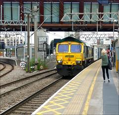Freightliner No. 66592 passes through Stratford (Didimendum) Tags: freightliner 66592 stratford railway railwaytrain