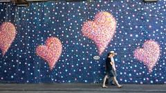Hearts for London (renataml) Tags: london londres graffitti grafite love europe inglaterra england urbanart arteurbana summer hearts mural