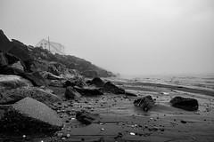 Matinée brumeuse (Patrick Boily) Tags: voyage matane travel quebec brume fog fleuve river bord plage beach eau water