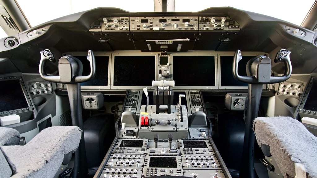 The World's newest photos of 787 and cockpit - Flickr Hive Mind