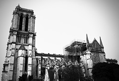 Notre Dame Cathedral | Paris France (Paul Tocatlian | Happy Planet) Tags: notredame paris france blackwhite blackwhitephotography architecture