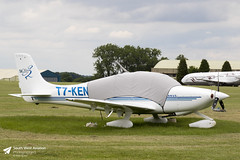 Cirrus SR-22 (Matt Sudol) Tags: kemble cotswold airport aerodrome airfield cirrus sr22 t7ken