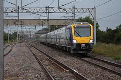 Northern early morning duo (Matty JC) Tags: actonbridgetrainstation actonbridgetrain trains diesel uk railways