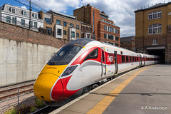 800106 20190702 KingsCross (steam60163) Tags: kingscross lner hitachi iep iet azuma class800 800106