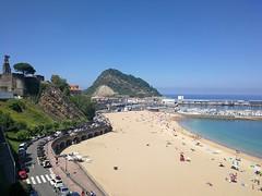 Día de playa en Getaria (eitb.eus) Tags: eitbcom 30864 g1 tiemponaturaleza tiempon2019 costa gipuzkoa getaria koldomedrano