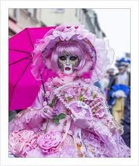 Une poupée rose (A pink doll) (Francis =Photography=) Tags: saverne alsace carnival carnaval 2019 venetiancarnival grandest costumes venise venice canon600d carnavalvenitien fondblanc costume france personnes bordurephoto europa europe 67 chapeau hat hut plumes yeux eyes augen look regard