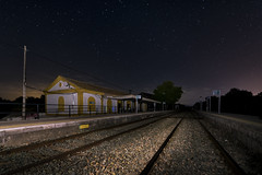 _DSC5965 (fjsmalaga) Tags: ngc tren vias noche estrellas estacion
