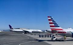 At #SFOAirport #OnMyWay to #LasVegas (Σταύρος) Tags: airport n104nn airplanewing windowview windowseat sanfranciscointernationalairport sfo sfoairport onmyway lasvegas ksfo sfia sanfranciscoairport internationalairport intlairport kalifornien californië kalifornia καλιφόρνια カリフォルニア州 캘리포니아 주 cali californie california northerncalifornia カリフォルニア 加州 калифорния แคลิฟอร์เนีย norcal كاليفورنيا adain aile vleugel ala flügel jetwing wing