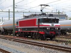 Railogix -Captrain 1618 With Gastankers Train at Sittard, the Netherlands , July 8,2019 (Treinemanke) Tags: captrain railogix 1618 train gas tankers gastankerstrain gasketelwagentrein netherlands sittard the