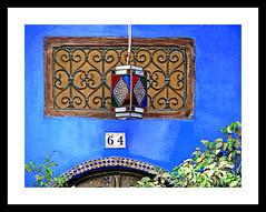 Window 64 (jose_miguel) Tags: jose miguel españa spain panasoniclumixfz50 marruecos maroc morocco assilah arcila asilah window ventana fenêtre azul blue bleu theunforgettablepictures color couleur colour lámpara lamp lampe riad
