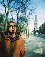 Mr. Magalhães (FMCRphotography) Tags: porto portugal portraits portrait person peapole torredosclerigos streetphotography street winter cold fujifilm slid crossprocessing c41 e6