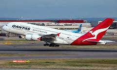 VH-OQC - Airbus A380-842 - LHR (Seán Noel O'Connell) Tags: qantas vhoqc airbus a380842 a380 a388 heathrowairport heathrow lhr egll sin wsss syd yssy qf2 qfa2 aviation avgeek aviationphotography planespotting
