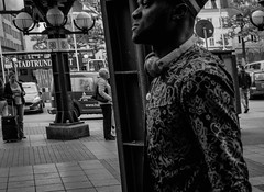 faces in the city (chris.bichler) Tags: streetphotography street blackandwhitephotography blackandwhite bwphotography urban fujixt10 fujifilm fujixlovers