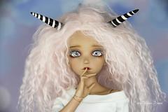 Custom black & white horns MSD (AnnaZu) Tags: black white custom horns msd alicia minifee doll fairyland balljointed bjd abjd asian