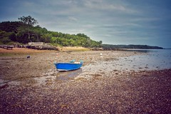 Morning stroll (Nige H (Thanks for 20m views)) Tags: nature landscape sea seascape beach isleofwight boat morningstroll