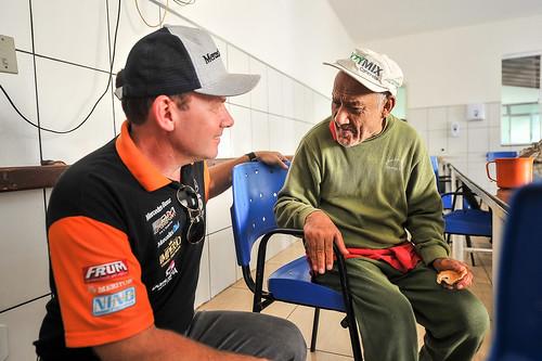 11/07/19 - Copa Truck visita a Casa dos Idosos em Curvelo - Fotos: Duda Bairros